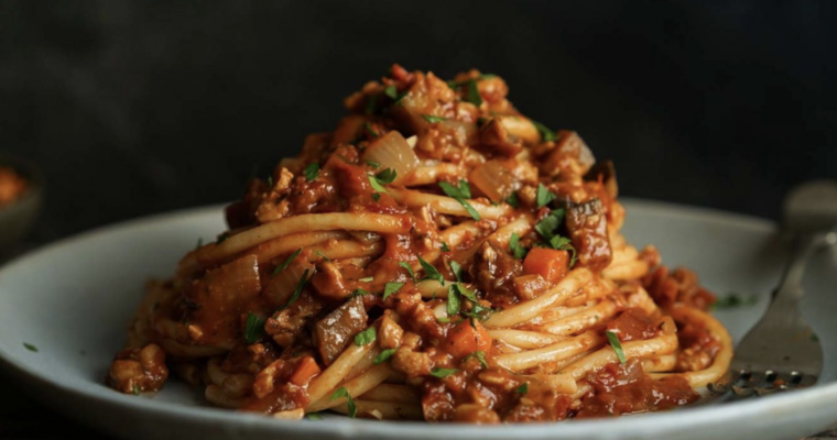 HEARTY BOLOGNESE SAUCE